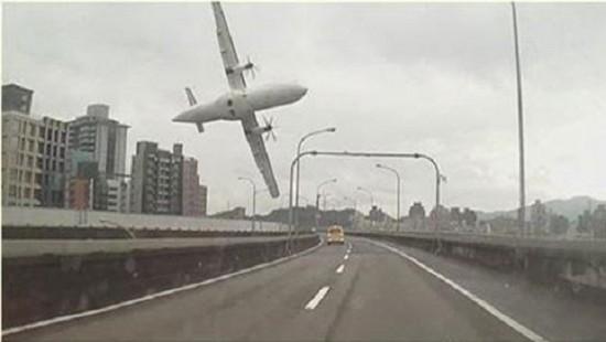 taiwan_accidente_avion_620x350
