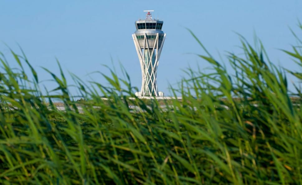 torre-control-de-El-Prat