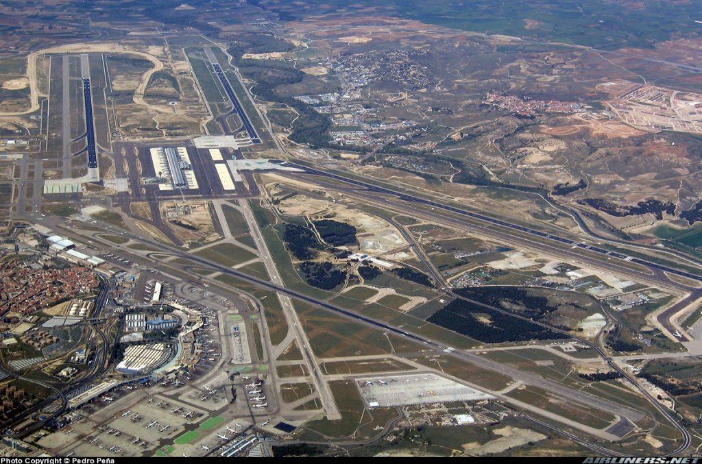 La demanda amenaza la capacidad operativa del aeropuerto de Barajas