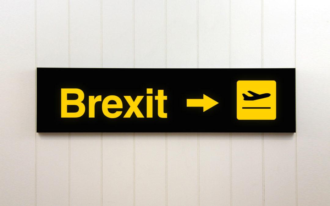 Ryanair dice que cancelará rutas seis meses antes del Brexit