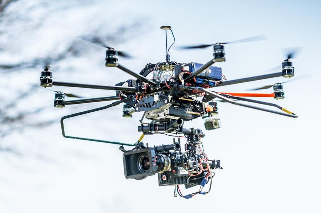 La Guardia Civil crea una unidad para vigilar drones en Madrid