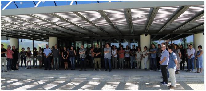 Los empleados de ENAIRE guardan un minuto de silencio en solidaridad con las víctimas de los atentados terroristas en Cataluña