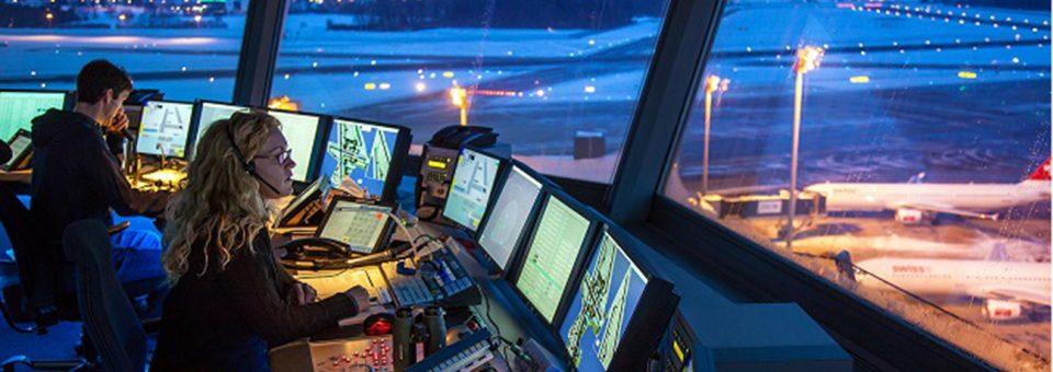 Ryanair apunta a la falta de controladores en Europa como la causa de los retrasos aéreos