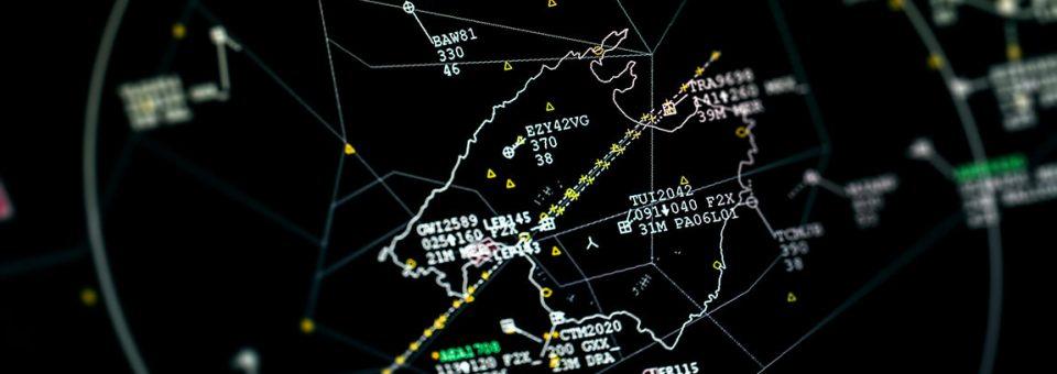 Demoras durante más de 4 horas por el apagón de varias pantallas radar en los Centros de Control de Madrid y Sevilla