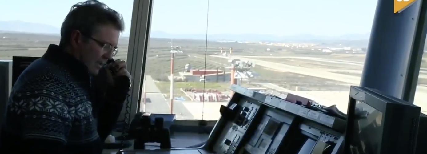 Una mañana en la Torre de Control del Aeropuerto de Granada
