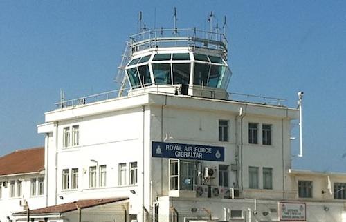 El jefe de la torre de control de Gibraltar trabaja para Ferronats